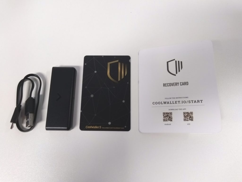 Unboxing the Cool Wallet S