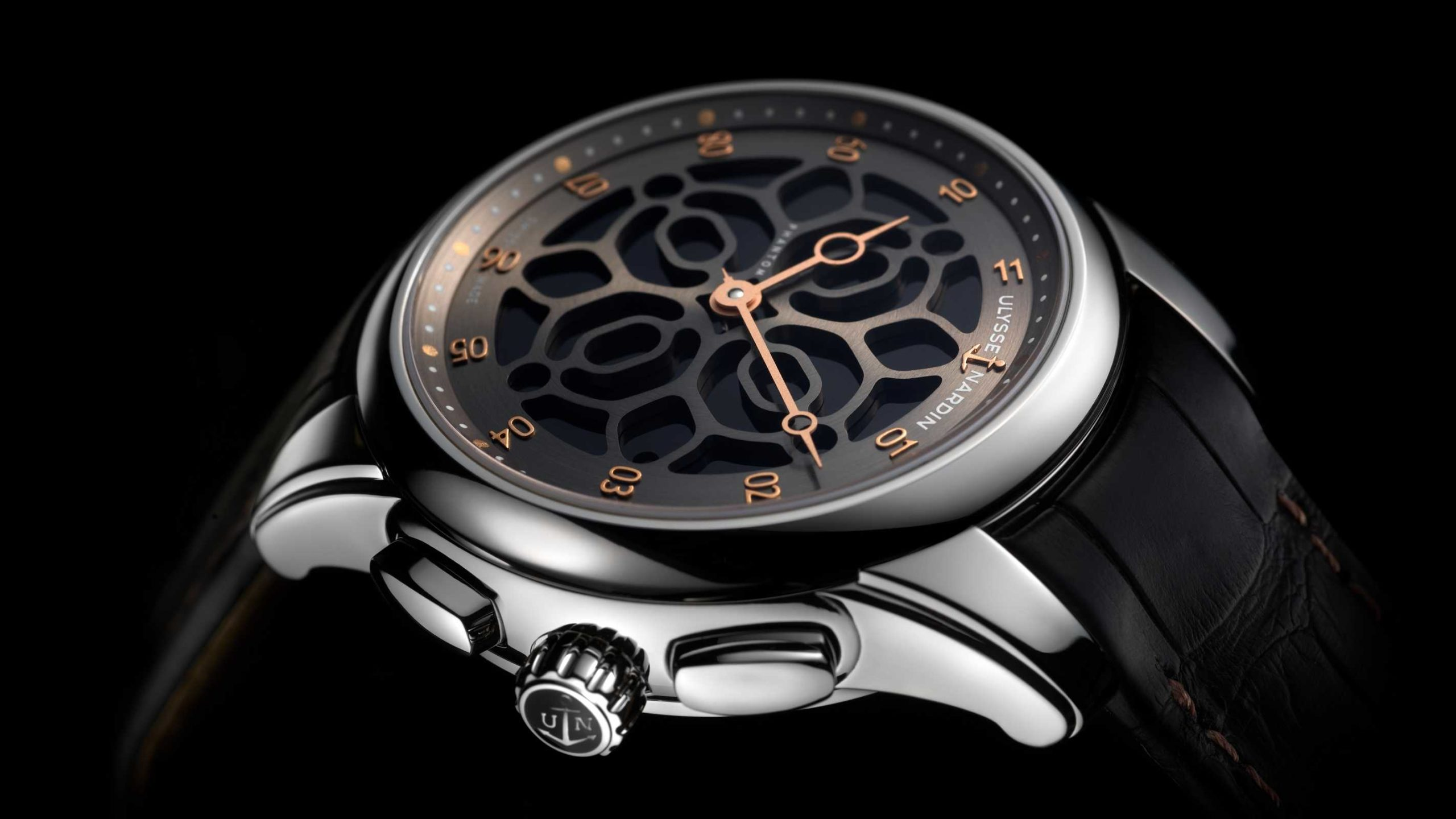 Luxury giant Kering certifies its watches with Bitcoin